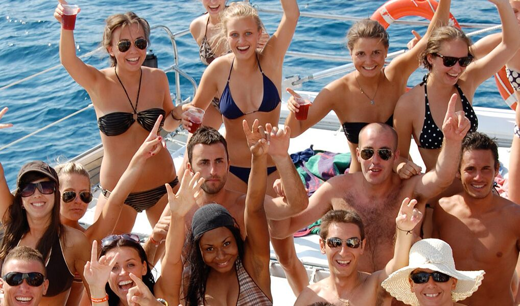 Tips To Protect Yourself When Organising A Group Trip